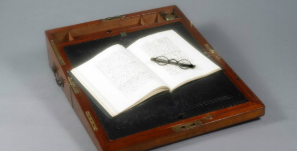 Researchers shocked by discovery on Jane Austen's glasses